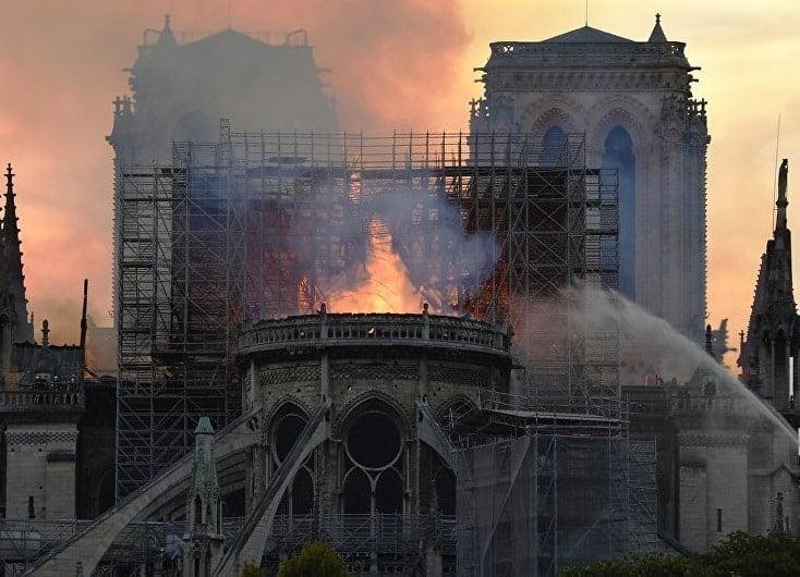 Vélizy-Villacoublay : La ville souhaite réaliser un don de 10 000€ pour la reconstruction de Notre-Dame de Paris